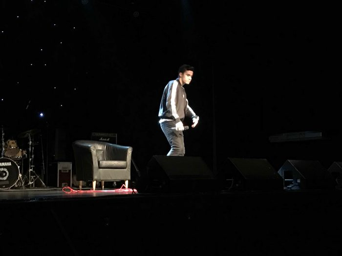Rapperen Twilight på scena på Milepelen