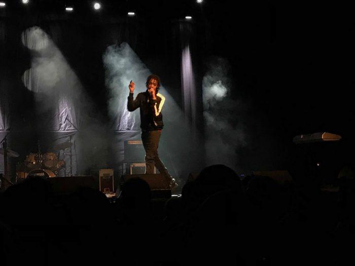 Fyah Yardie på scena på Milepelen